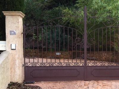 clôture var